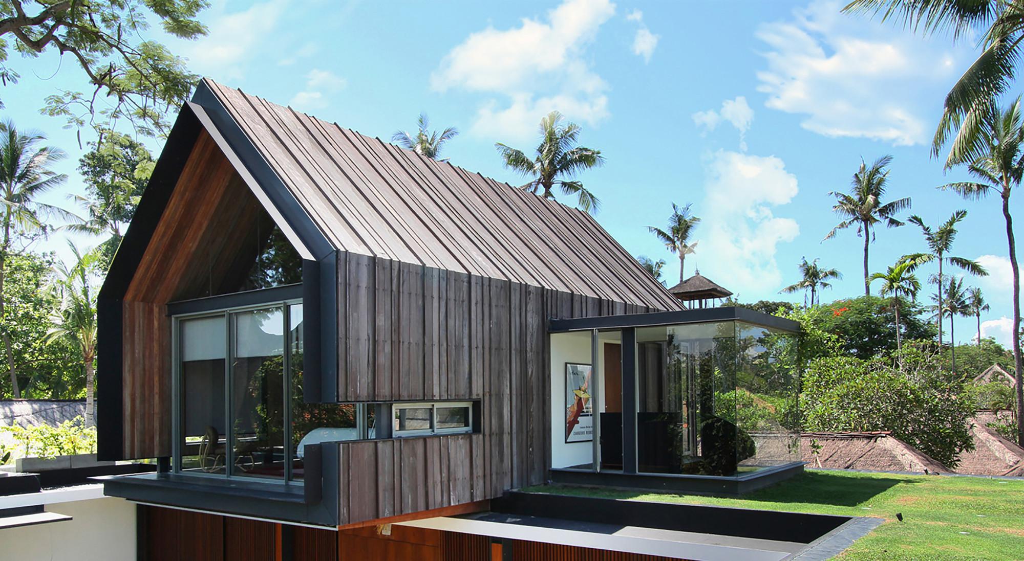 Svarga Residence Desain Vila Bali Tanpa Style Ala Bali Furnizing