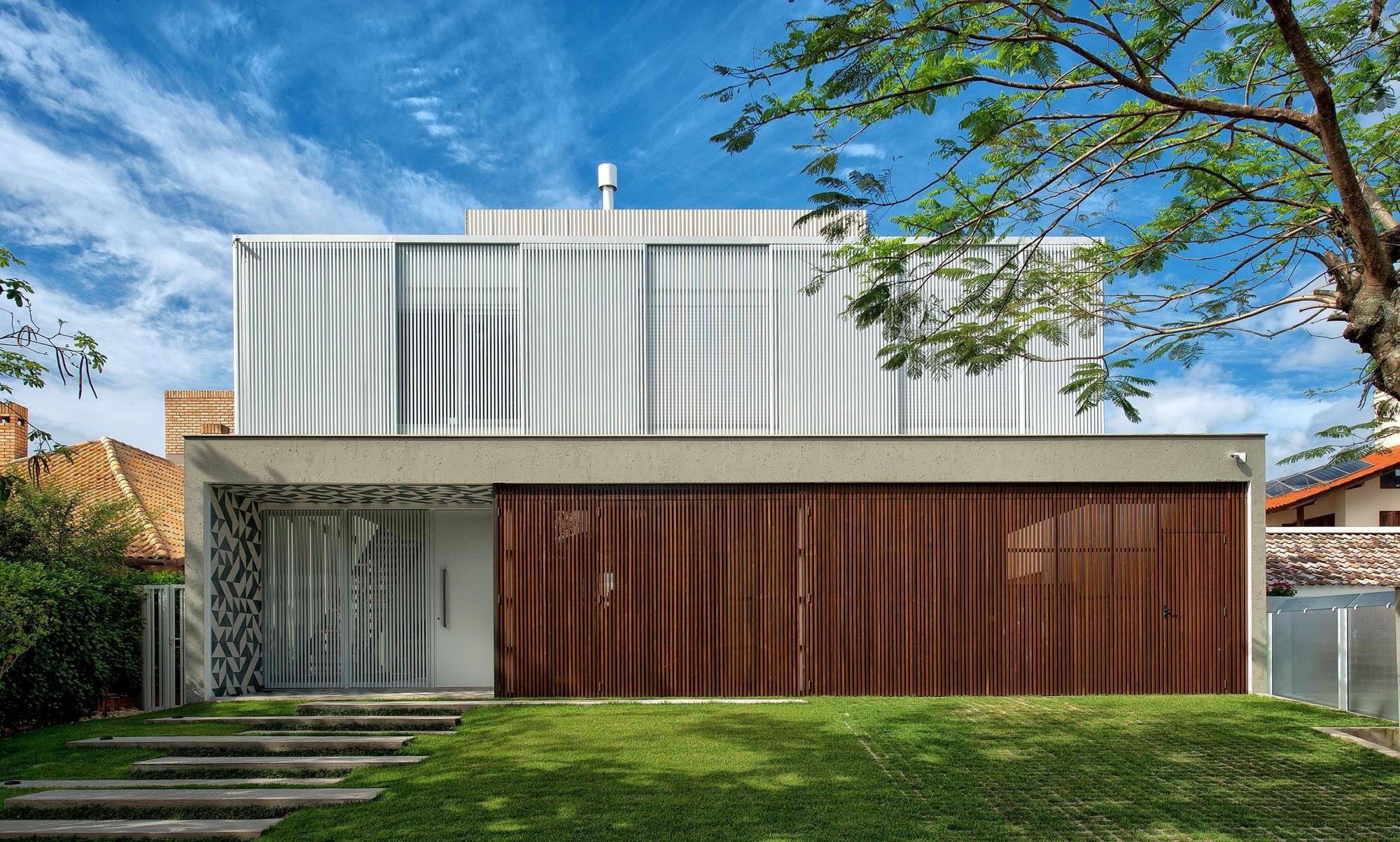 Casa Jurerê Internacional / Pimont Arquitetura, © Lio Simas