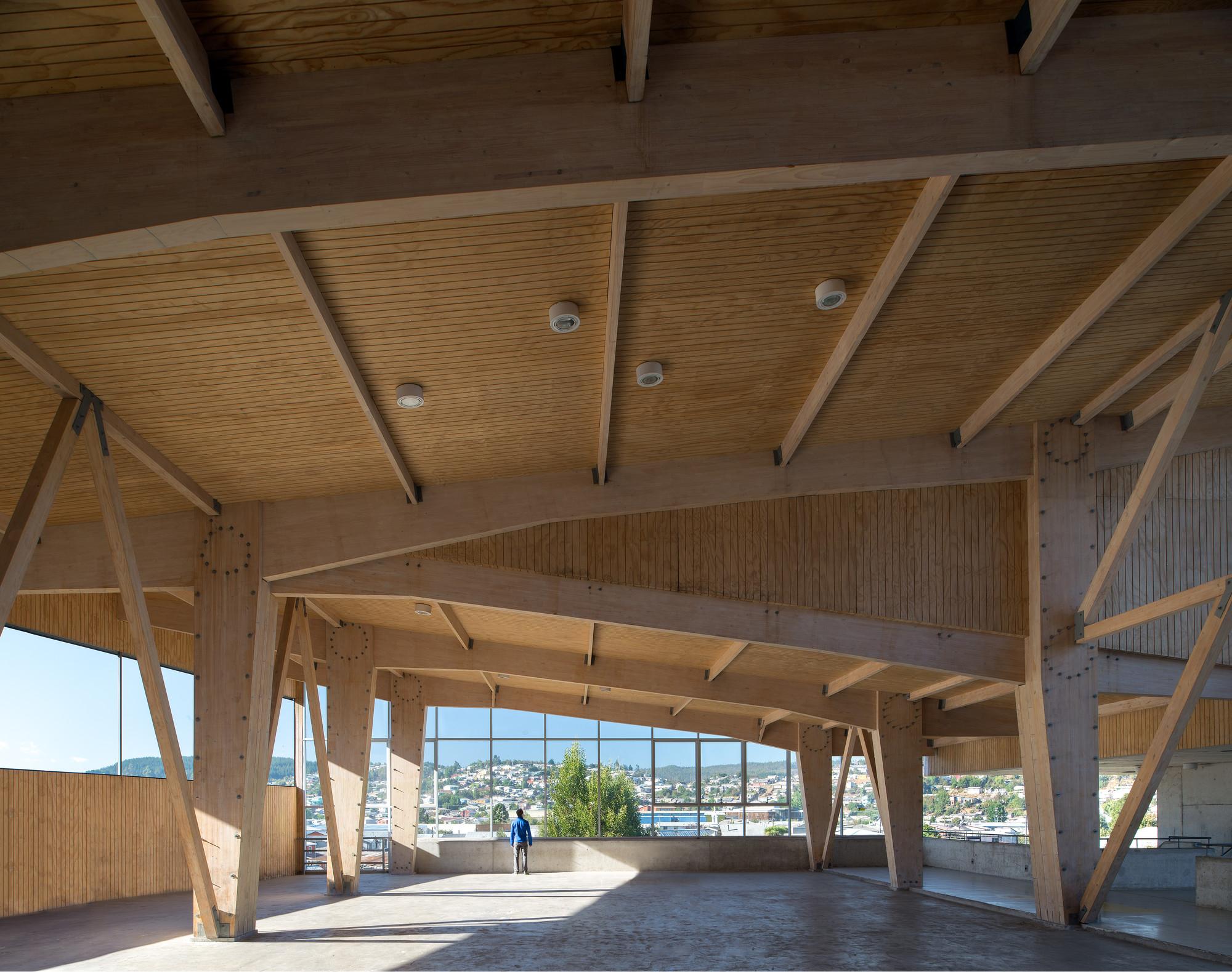 Liceo mariano latorre macchi jeame danus boza - Casas de madera laminada ...