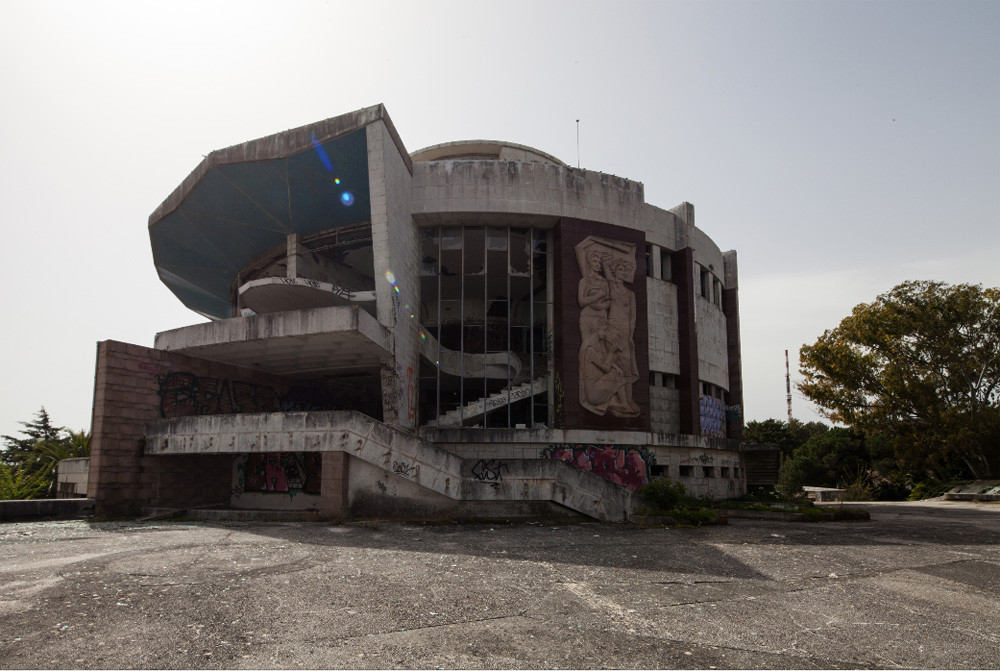 How Subvert Studio Proposes To Revive a Renowned Lisbon Landmark, Courtesy of Subvert Studio via Curbed