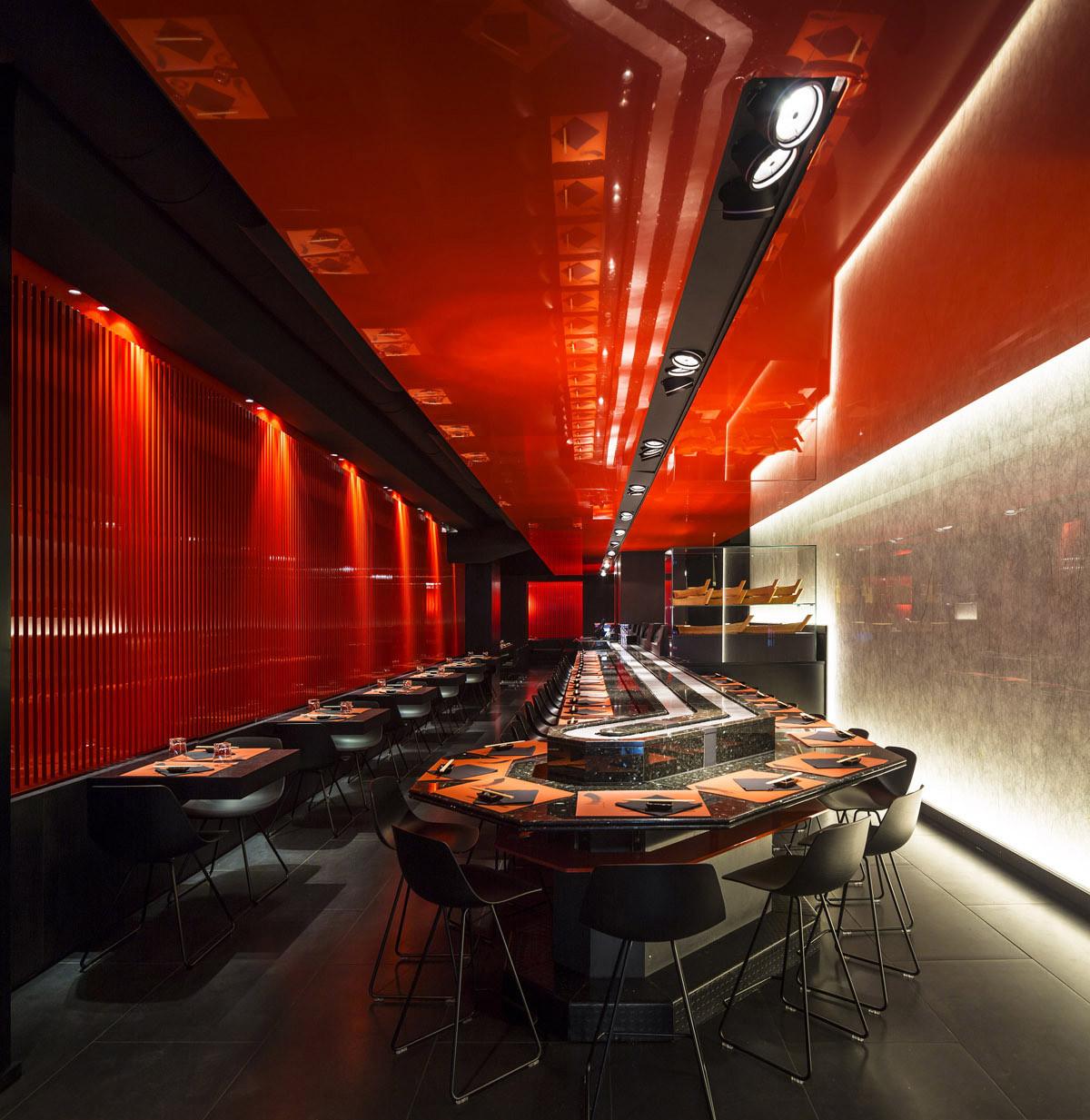 Zen Sushi Restaurant / Carlo Berarducci Architecture, © Fernando Guerra | FG+SG