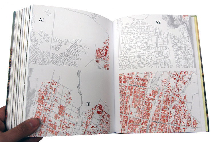 Kumbh Mela, January 2013: Mapping the Ephemeral Mega City. A project by Harvard University. Published by Hatje Cantz. Image Courtesy of Felipe Vera