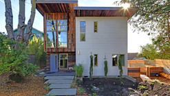 Residential Design Innovation in Downtown Kirkland / Medici Architects