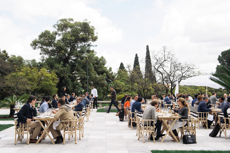 Lunch on the terrace of the Four Seasons Ritz Hotel, Lisbon. Image © Rodrigo Cardoso