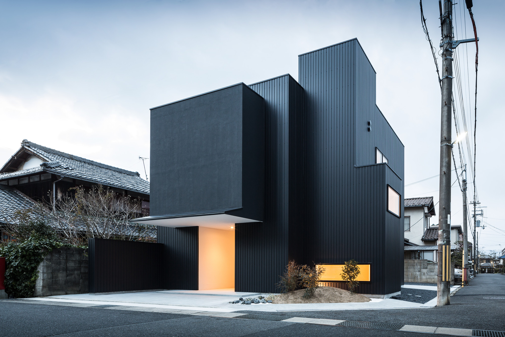 Gallery of framing house form kouichi kimura for Form architecture