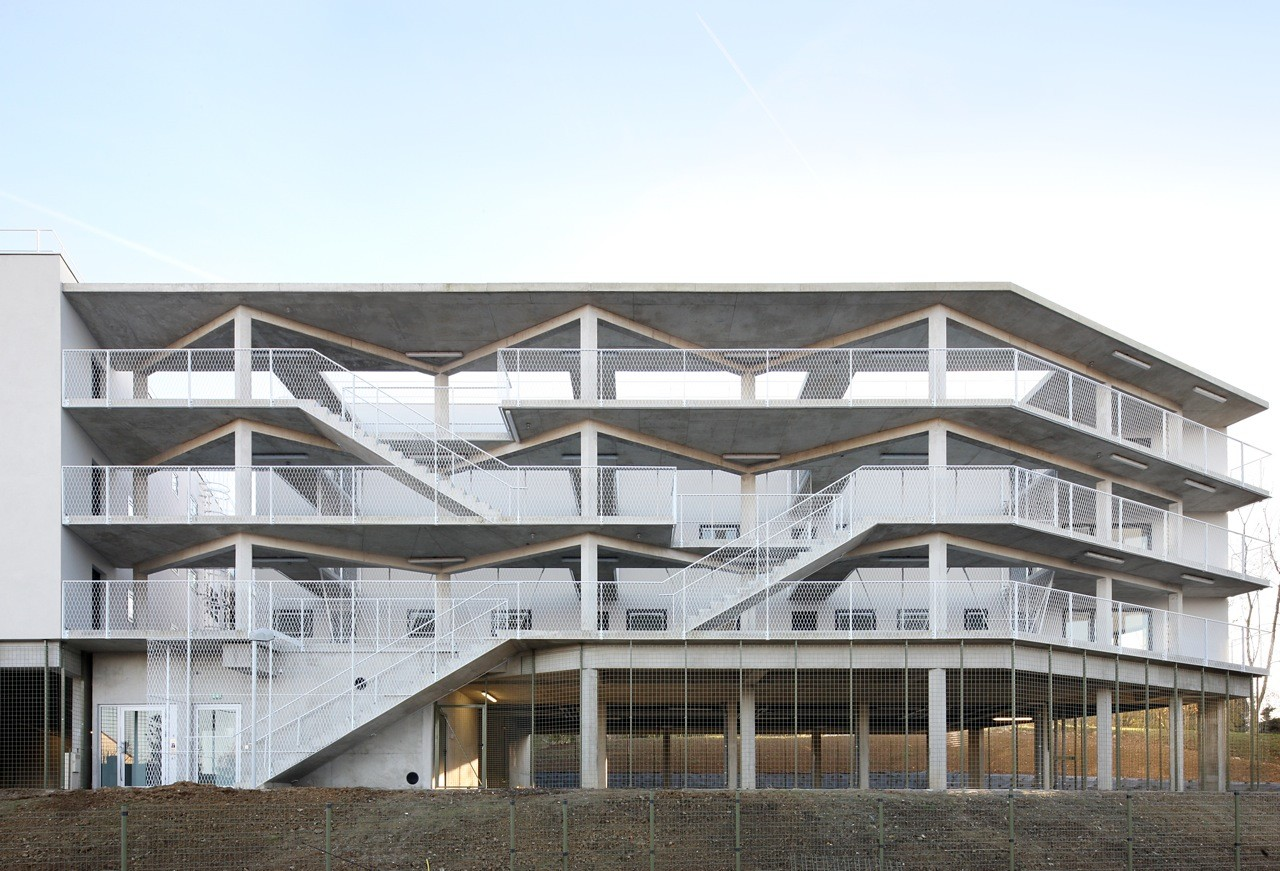 50 unidades de vivienda / Bruther, © Filip Dujardin