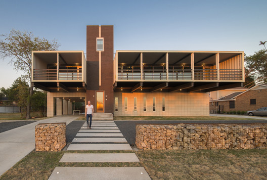 PV14 House / M Gooden Design. Image © Wade Griffith