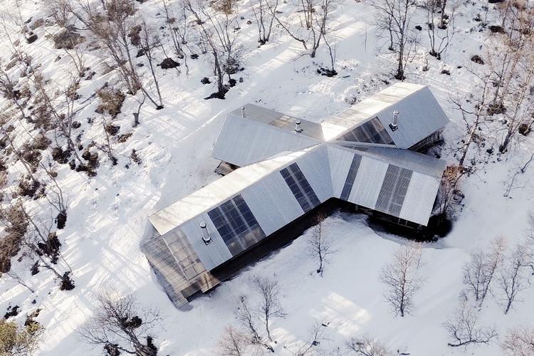 Cabaña en Femunden / Aslak Haanshuus Arkitekter, © Frontal Media