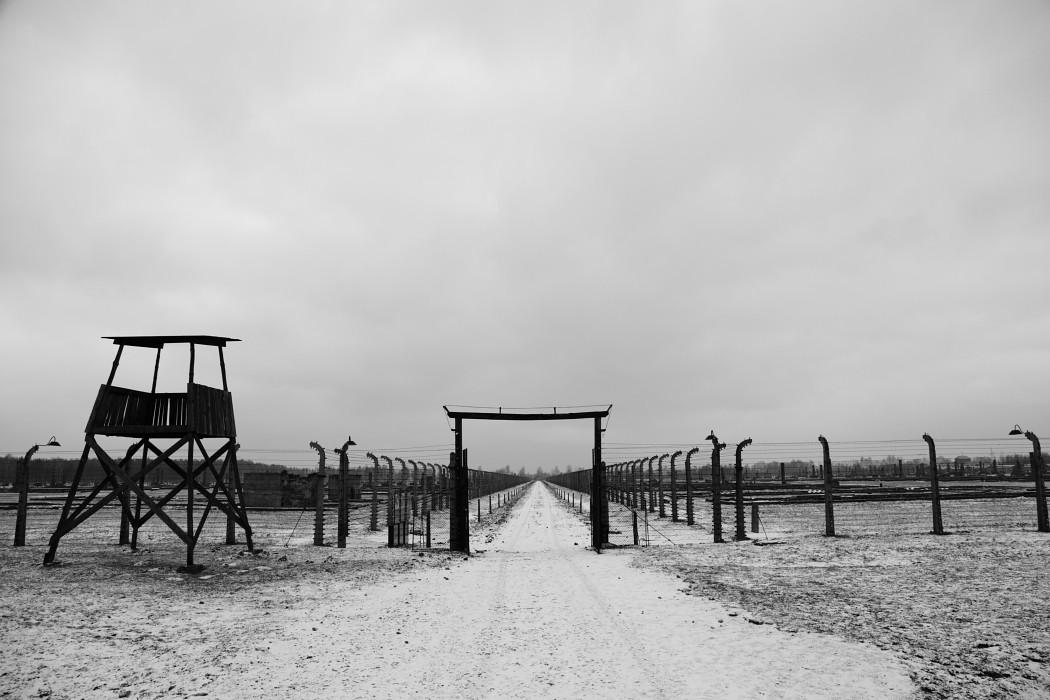 Campo de concentración Auschwitz-Birkenau. Image vía Abel Francés Quesada [Flickr CC]