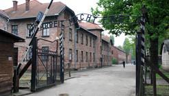 A 70 años del fin de la Segunda Guerra Mundial, Auschwitz busca conservar su memoria