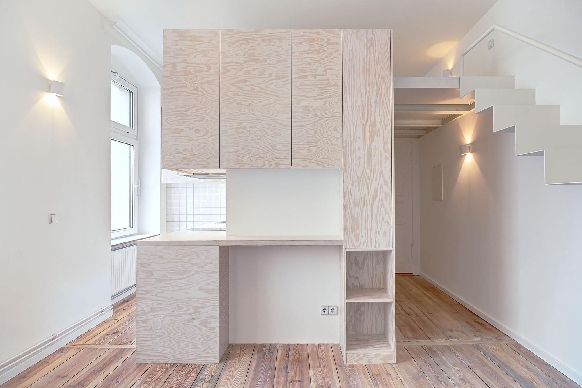 Micro-apartment in Berlin / spamroom + johnpaulcoss, © Ringo Paulusch