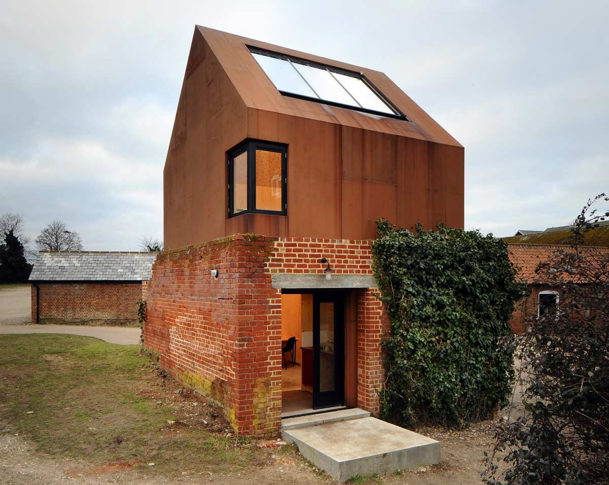 AD Round-Up: 9 Projects That Make Creative Use Of Cor-Ten Steel, Dovecote Studio / Haworth Tompkins. Image © Philip Vile