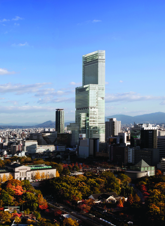 An Interactive Look at Japan's Tall Building History, Japan's tallest skyscraper, Abeno Harukas. Image © Hisao Suzuki