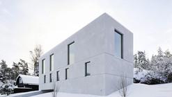 Villa Mörtnäs / Fourfoursixsix Architects