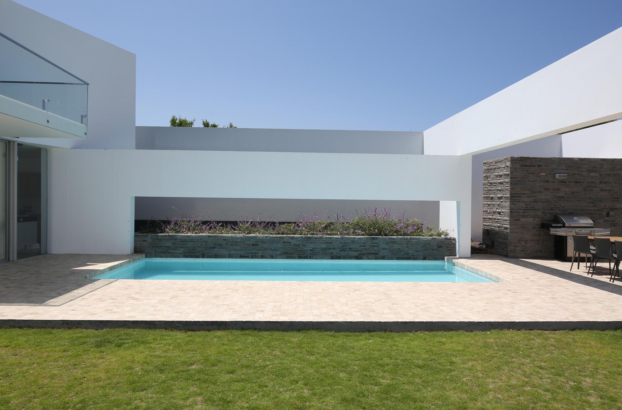 Galer a de casa patios riofrio rodrigo arquitectos 11 - Houses large patios ...