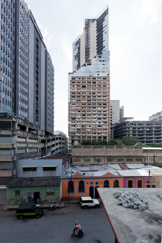 Until last summer, the Torre David was home to a community of squatters, whose self-organized housing model captivated the world. Image © Iwan Baan