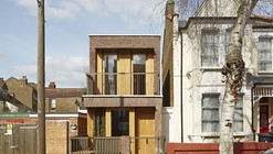 Haringey Brick House / Satish Jassal Architects