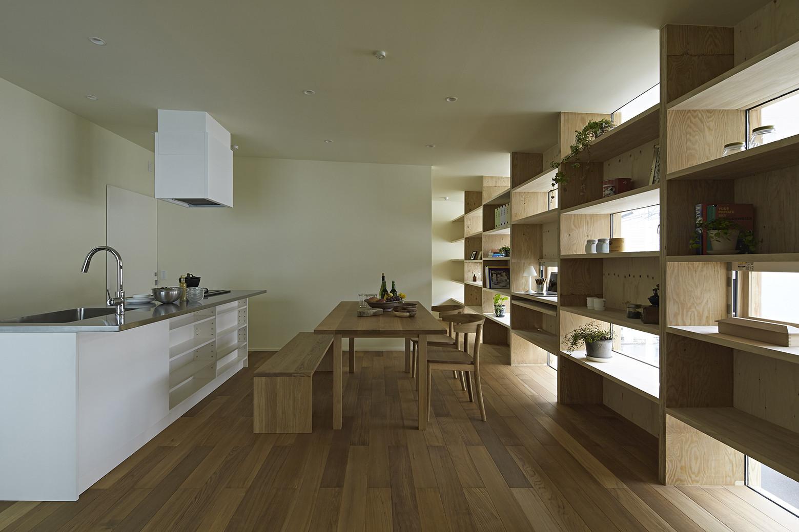 Checkered House / Takeshi Shikauchi Architect Office, © Koichi Torimura