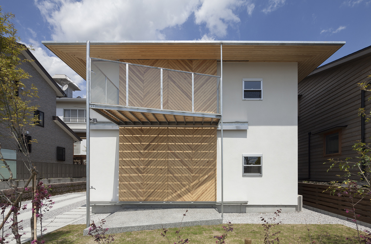 Gallery of hybrid wooden house architecture studio nolla for Architecture hybride
