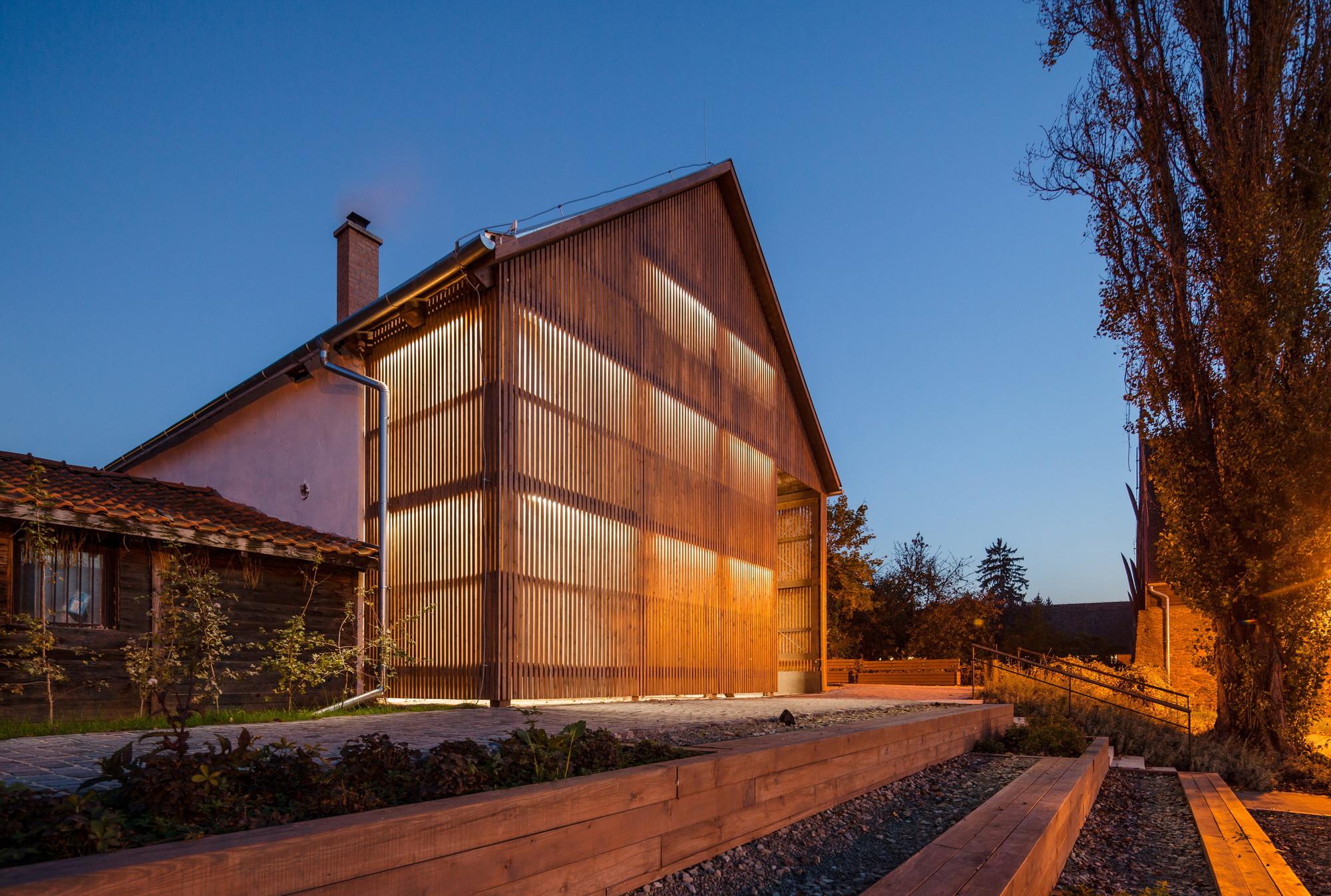 Visegad Town Center / aplusarchitects + S73 stúdió, © The Greypixel Workshop