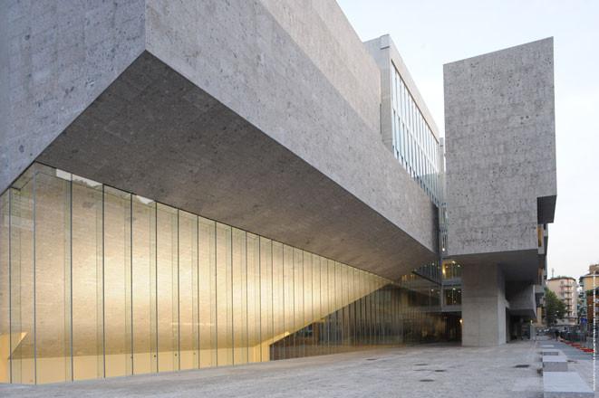 vía Grafton Architects