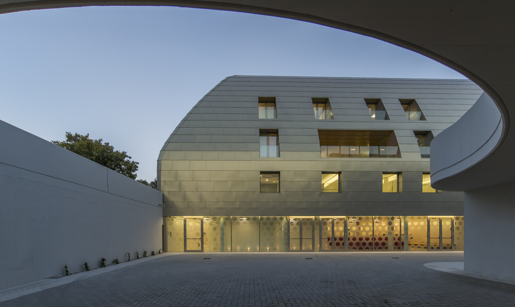 Bank of Pisa and Fornacette New HQ / Massimo Mariani, © Alessandro Ciampi