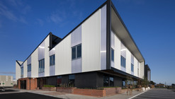 Ballarat Community Health Primary Care Centre / DesignInc