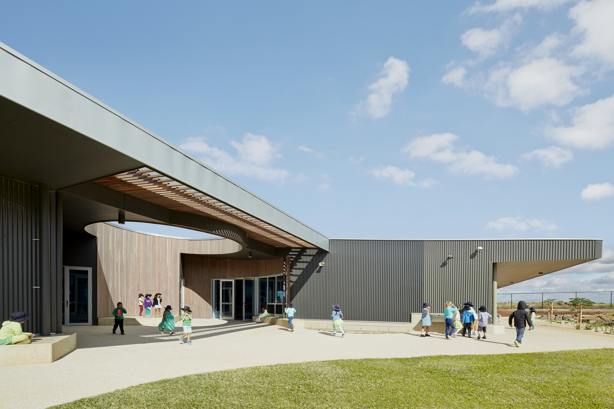 St Mary of the Cross Primary School / Baldasso Cortese Architects, © Peter Clarke