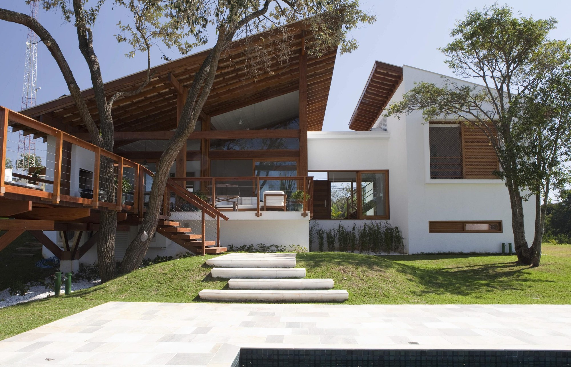 Casa en el Condominio Vila Real de Itu / Gebara Conde Sinisgalli Arquitetos, © Salvador Cordaro