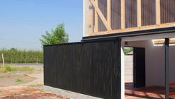 Rehabilitación de capilla rural en Teno: una extensión del espacio doméstico