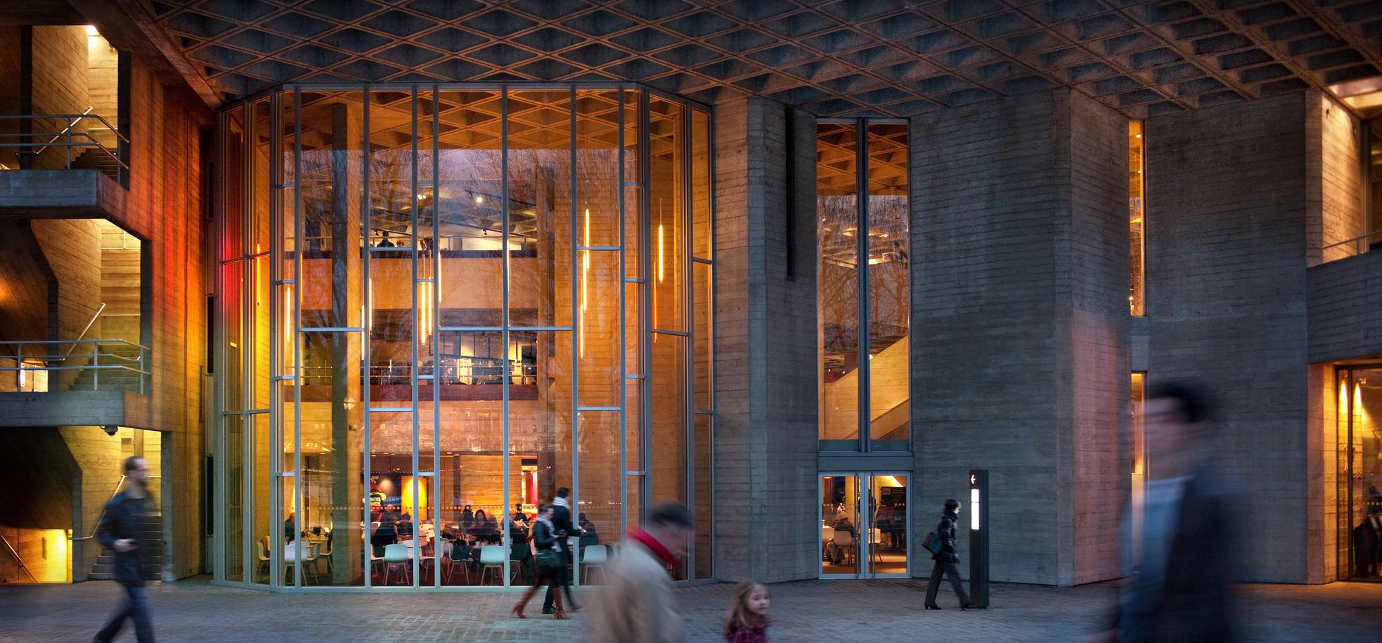 National Theatre  / Haworth Tompkins, © Philip Vile