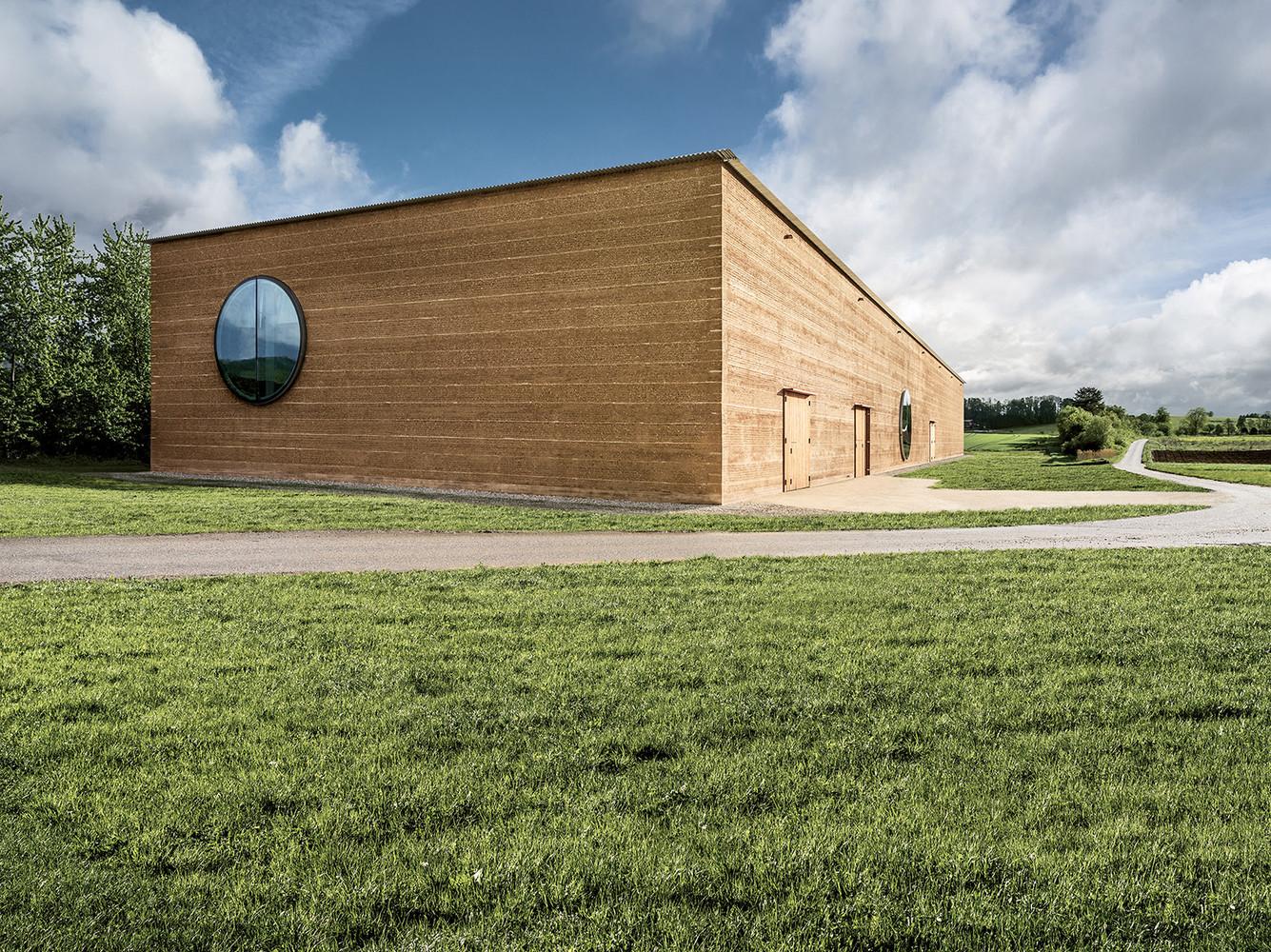Ricola Kräuterzentrum / Herzog & de Meuron