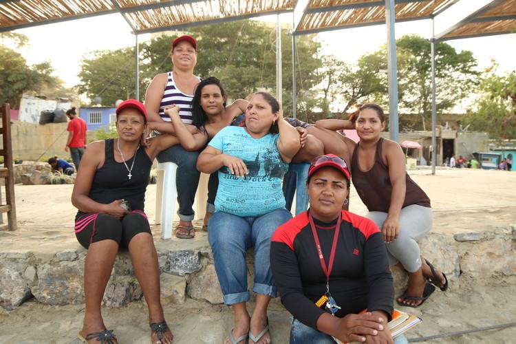 Parte de la comunidad activa en Espacios de Paz en Cumaná. Image © José Tomás Franco