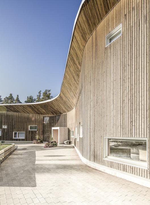 Health Clinic Ruukki / alt Architects + Karsikas, Courtesy of alt Architects/ Ville-Pekka Ikola