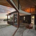 Te Kohanga House / Wendy Shacklock Architects and Paul Clarke of Crosson Clarke Carnachan. Image © Sam Hartnett