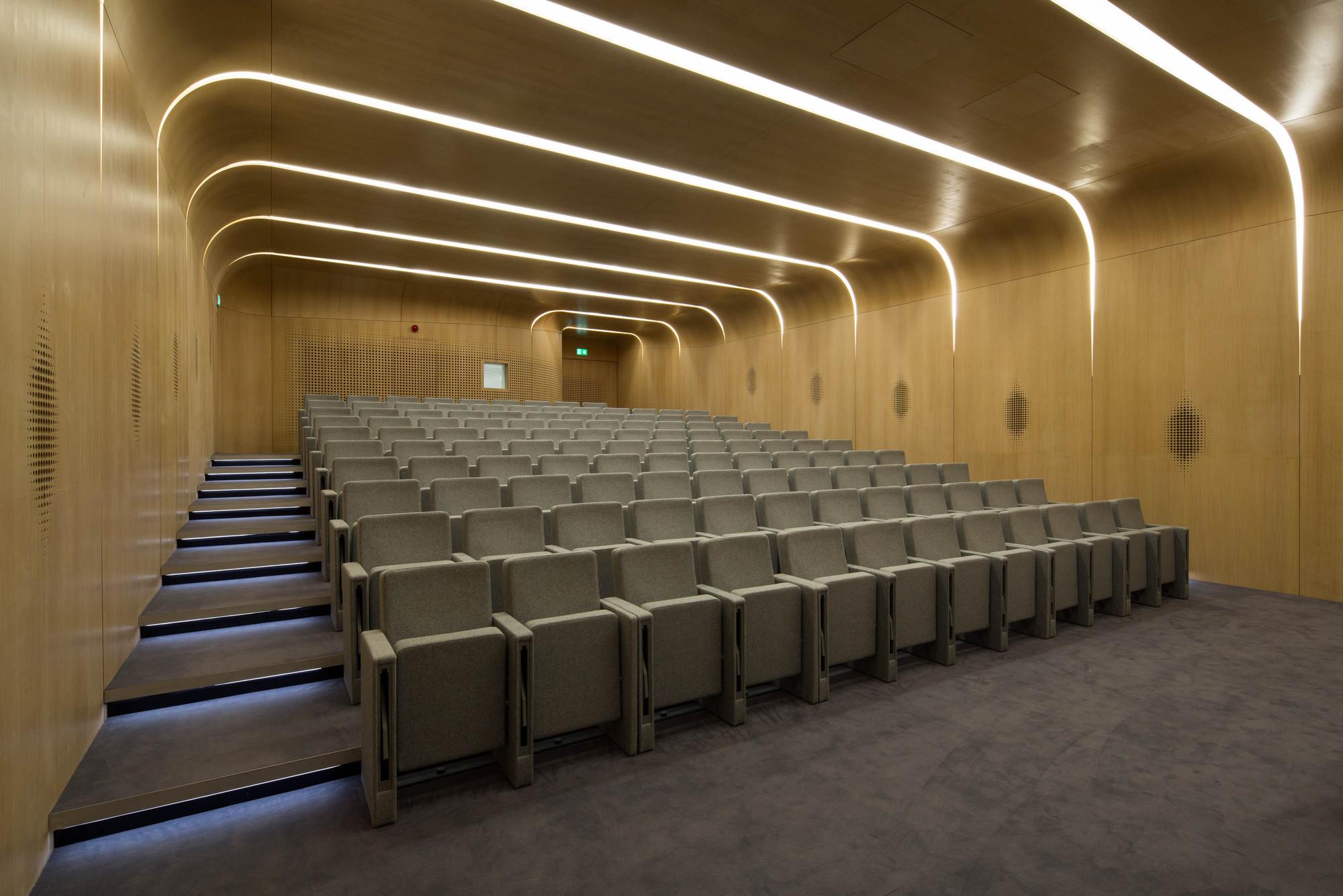 galeria de edif cio investcorp zaha hadid architects   18