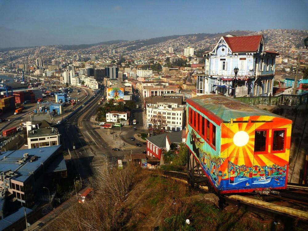 Valparaíso. Image vía Flickr, usuario benontherun.com