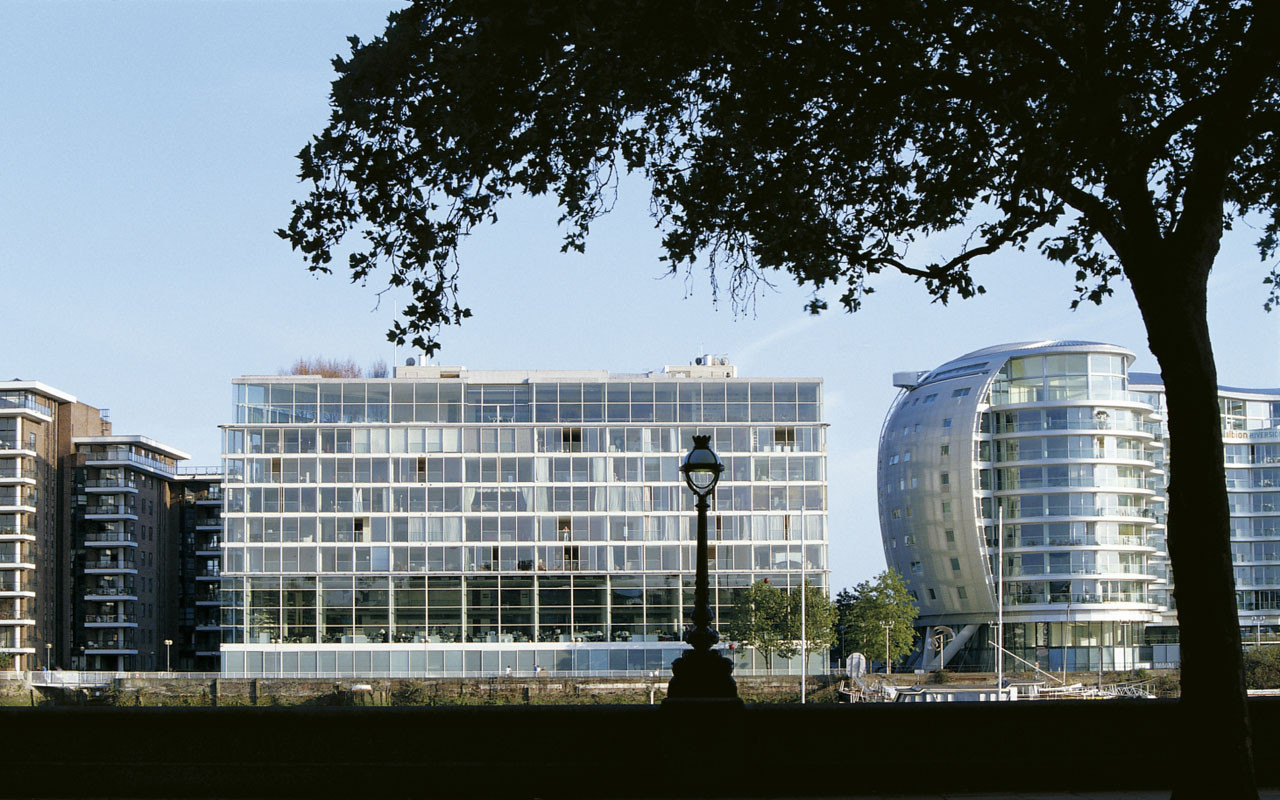 Foster + Partners Declared Largest Practice In The UK, Foster + Partners' Riverside Studios in London. Image Courtesy of Foster + Partners