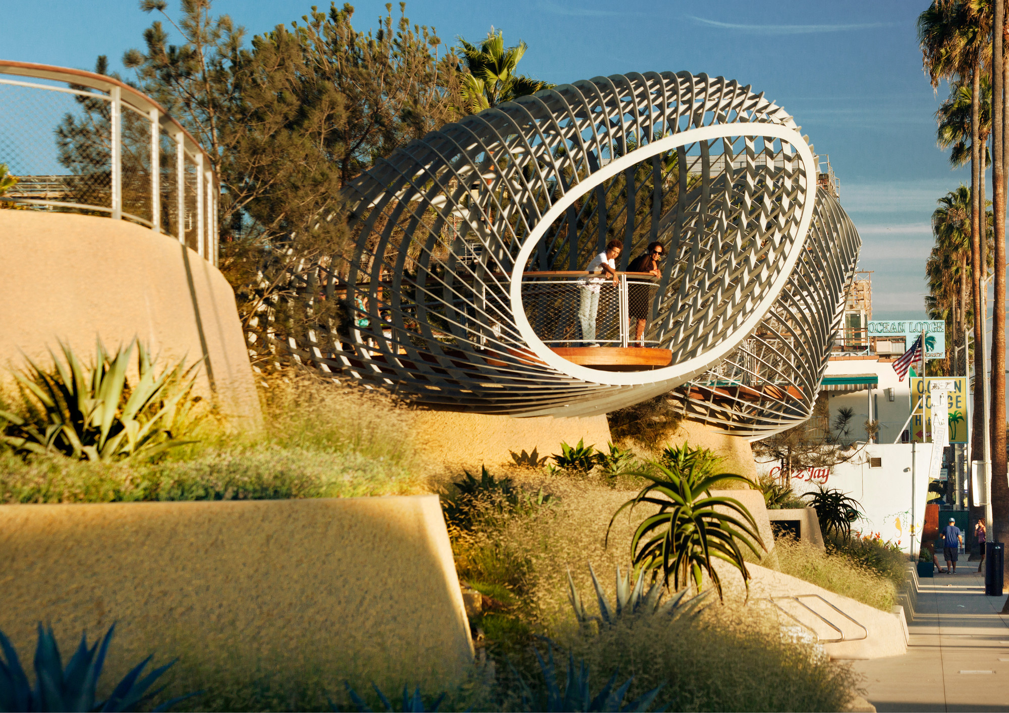 Tongva Park and Ken Genser Square. Image Courtesy of Urban Land Institute