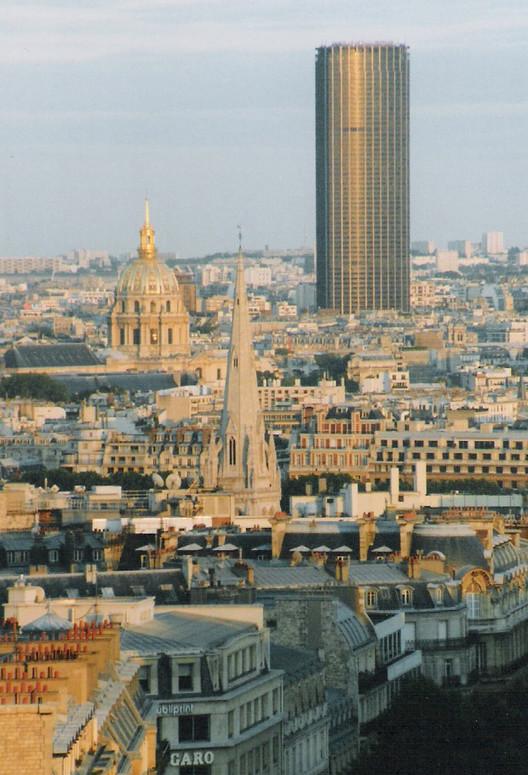 Tour Montparnasse. Imagen © Steven Strehl via Wikipedia