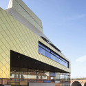 "City and University Library for Worcester (""The Hive""), Worcester, England. Image © Hufton + Crow"
