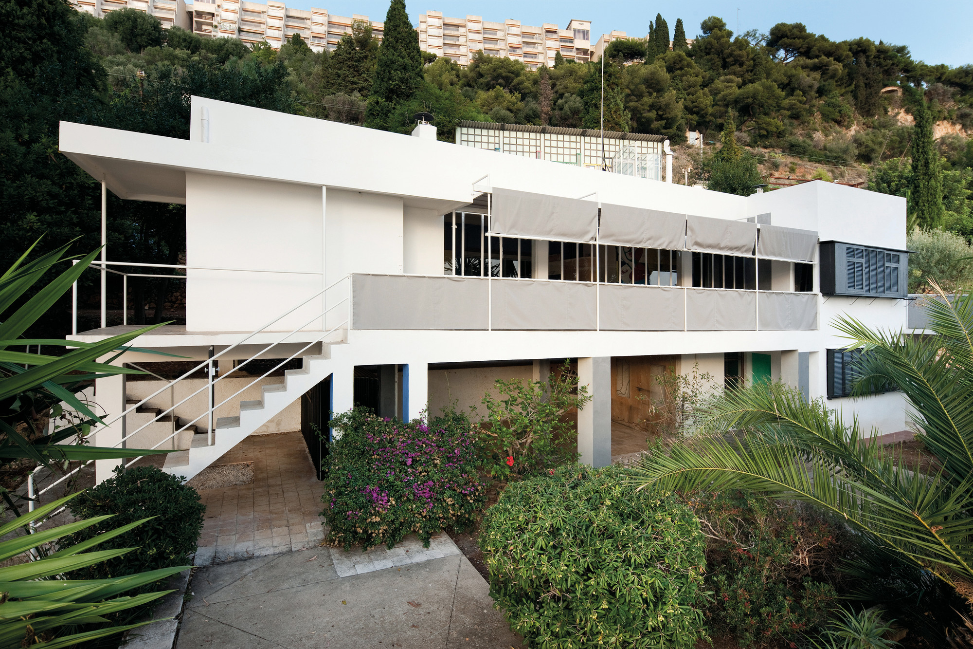 Images from the Much-Anticipated Restoration of Eileen Gray's E-1027, Villa E-1027 / Eileen Gray and Jean Badovici. Image © Manuel Bougot