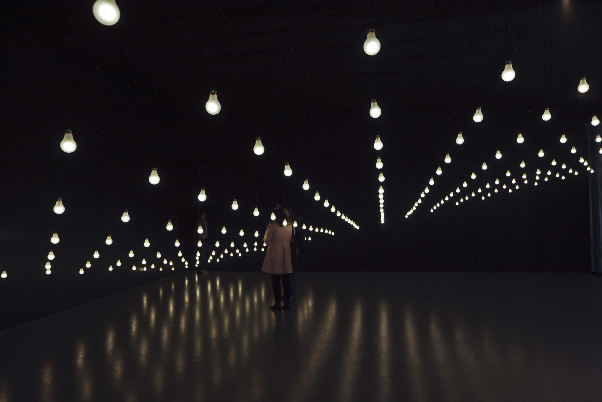 Jim Campbell, artista pionero de la experimentación con luz, presenta su primera exposición antológica en España, Cortesia de Espacio Fundación Telefónica