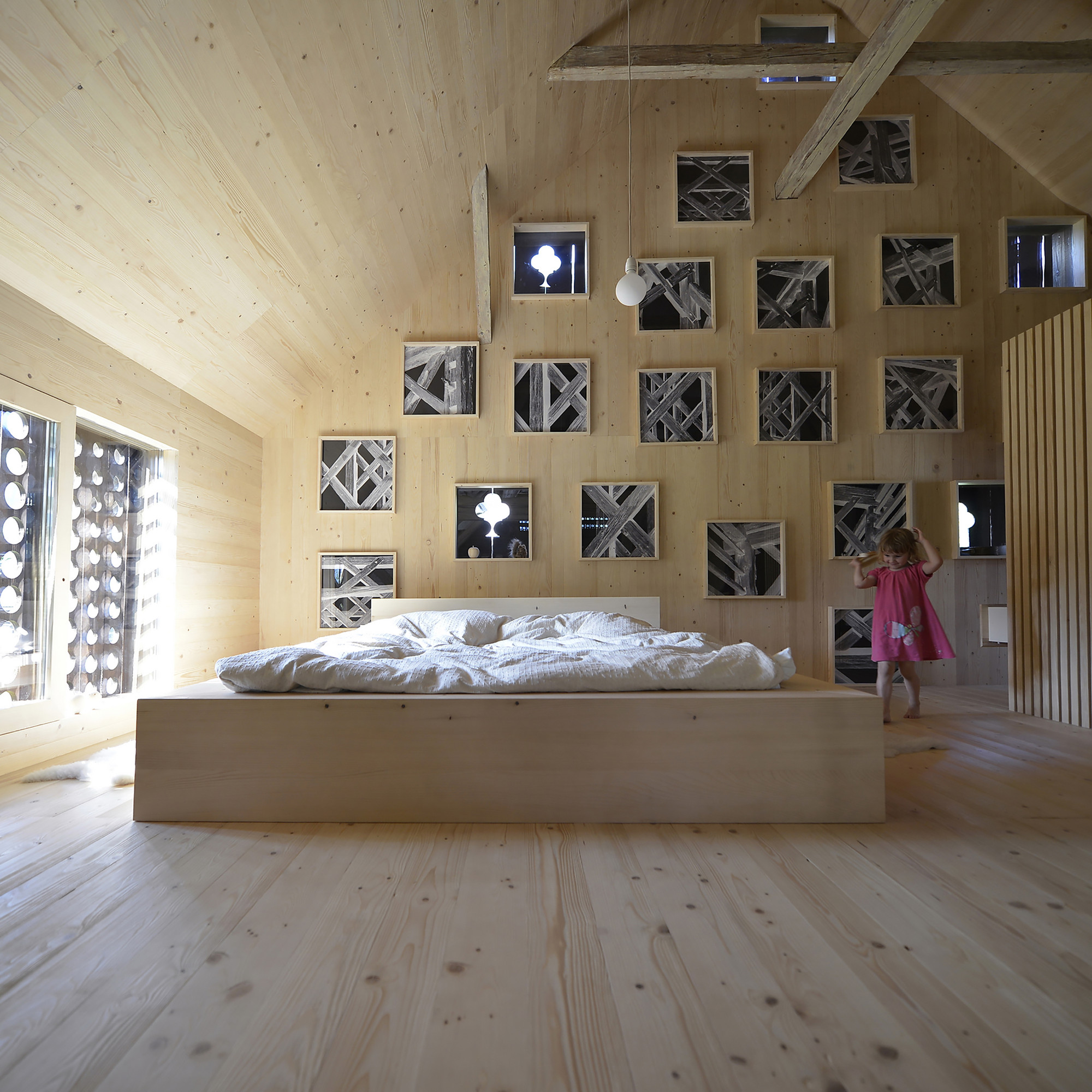 Gallery of alpine barn apartment ofis architects 4 for Apartment barns