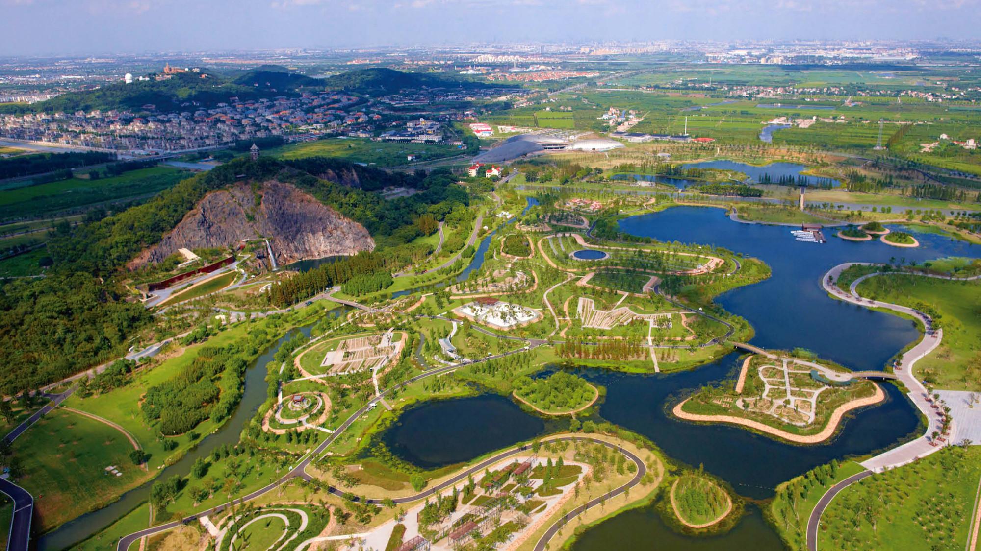 Paisaje y Arquitectura: Jardín Botánico de Chenshan, un equilibrio entre el fin científico y la recreación local, © ER Dongqiang