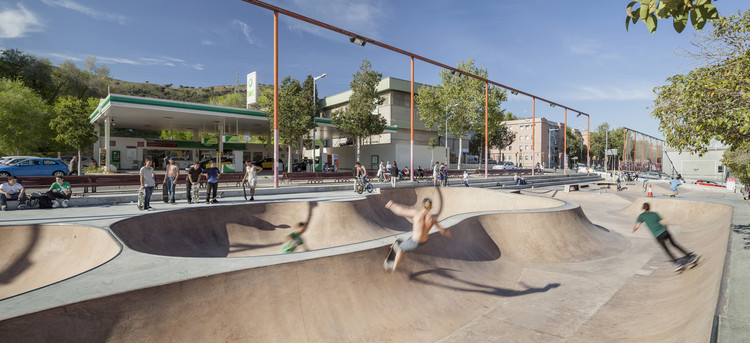 Skate Park Nou Barris / SCOB, © Adrià Goula