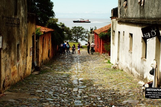 Colonia del Sacramento, Uruguay. © Andrés Moreira, vía Flickr. Used under <a href='https://creativecommons.org/licenses/by-sa/2.0/'>Creative Commons</a>