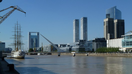 Puerto Madero, Buenos Aires. © vtpoly, vía Flickr. Used under <a href='https://creativecommons.org/licenses/by-sa/2.0/'>Creative Commons</a>