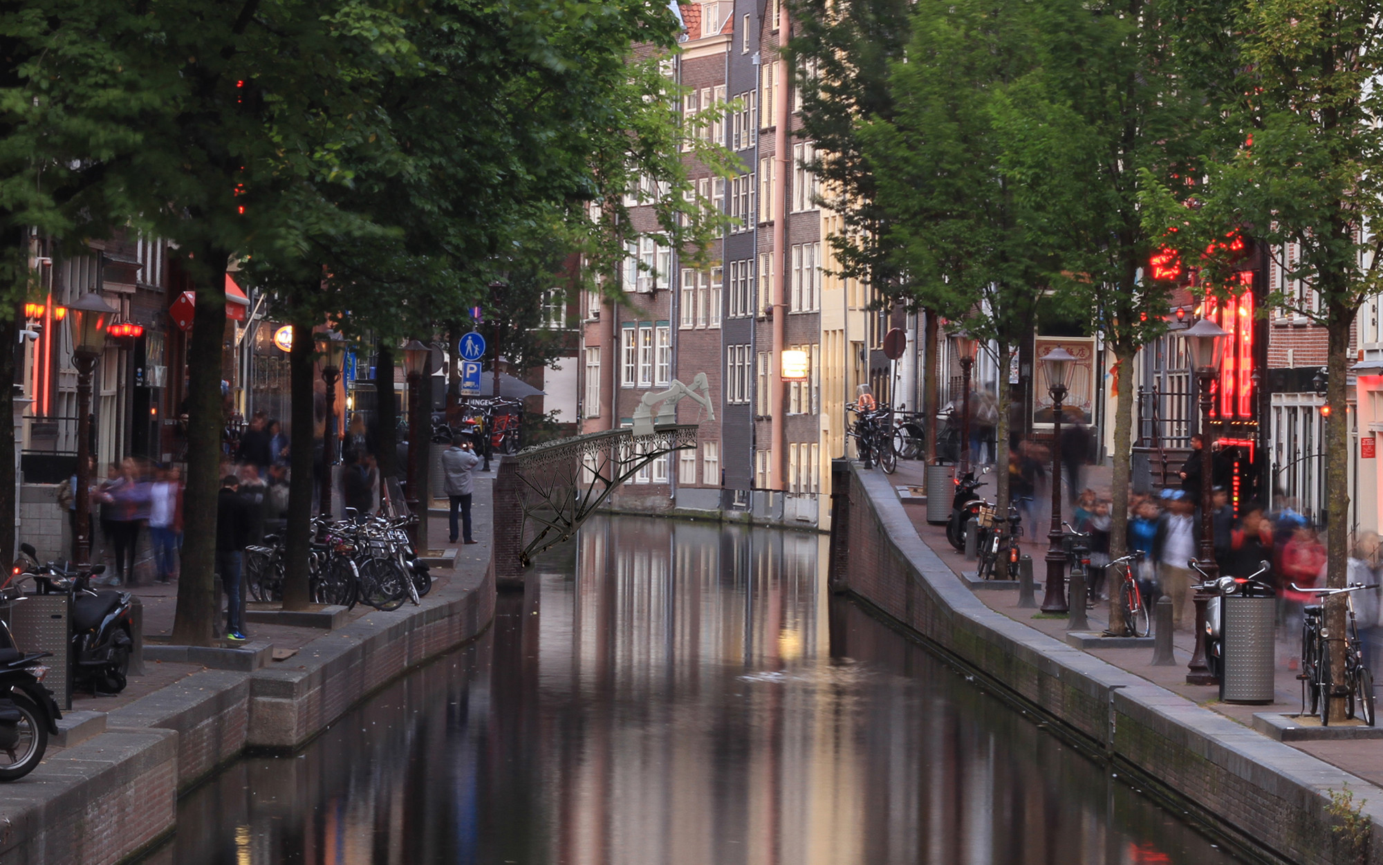 MX3D to 3D Print a Bridge in Mid-Air over Amsterdam Canal, © Joris Laarman for MX3D
