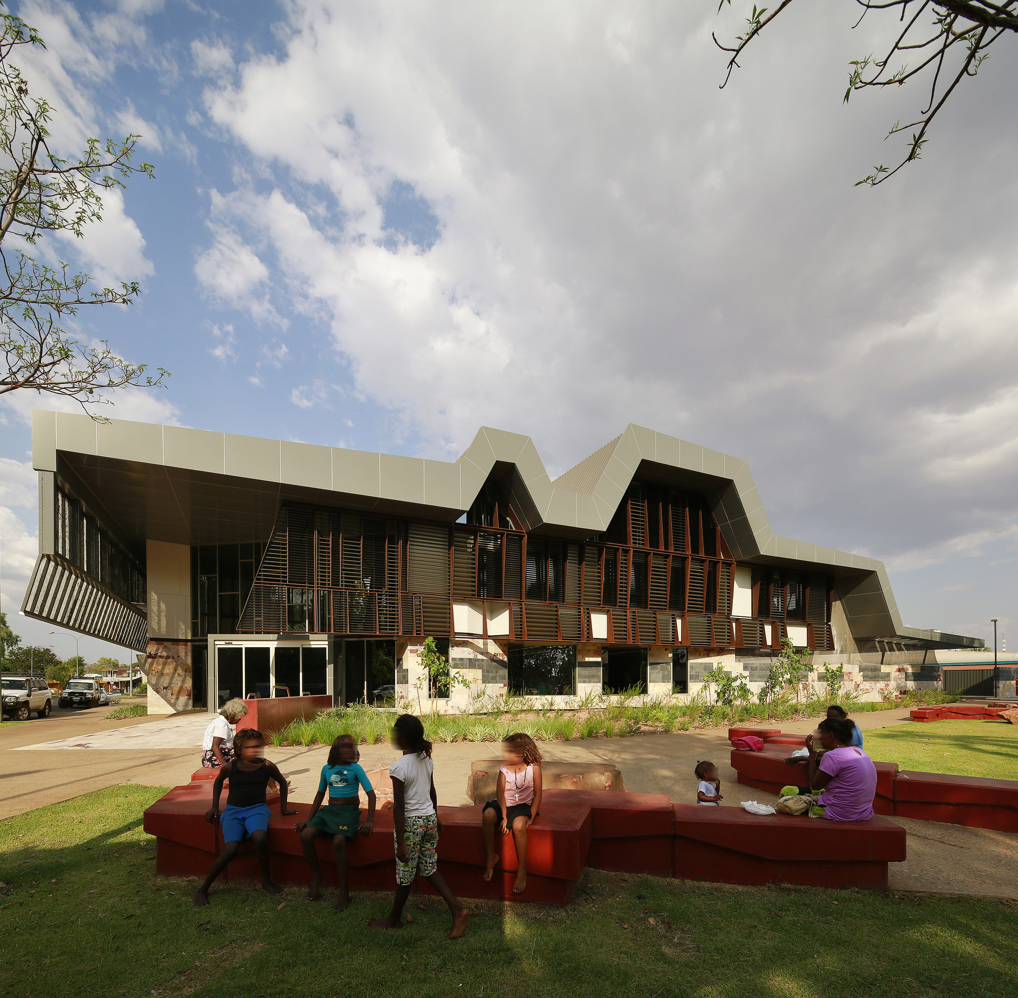 The New Kununurra Courthouse / TAG Architects + iredale pedersen hook architects, © Peter Bennetts